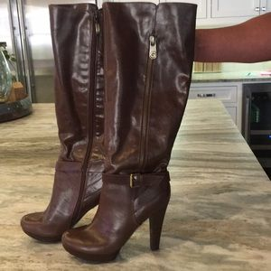 "Guess knee high leather boots. Brown.  4"" heel."